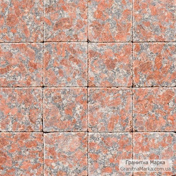 Плитка для мощения из красного гранита (Капустинский), размер 100х100 гладкий