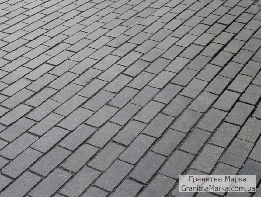 Базальтовая плитка для тротуаров, размер 200х100, цвет черный