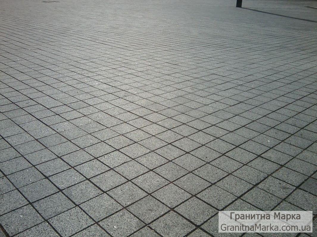 Черная гранитная плитка, 100х100, Габбро Термообработанная