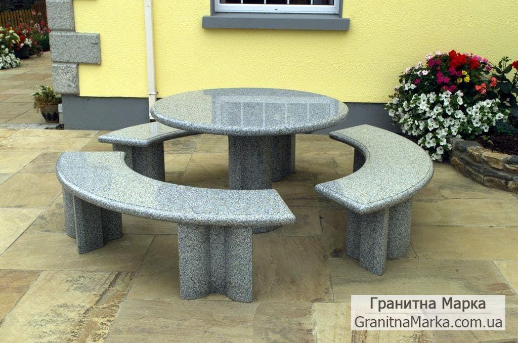 Стол и скамейки из серого гранита