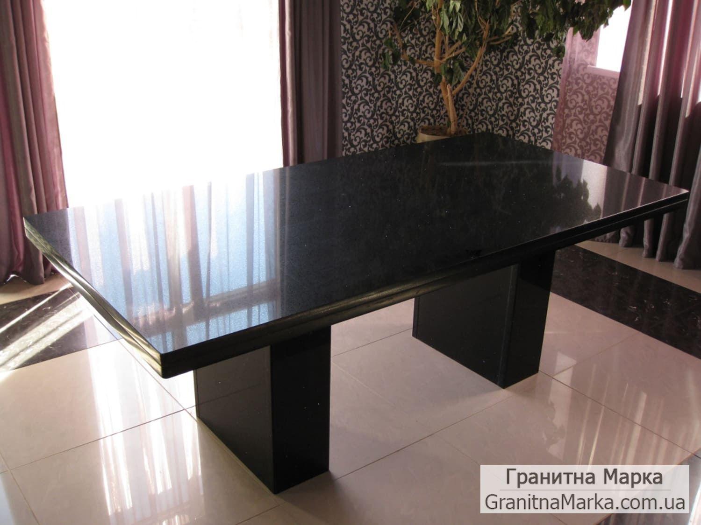 Письменный стол из черного гранита Габбро