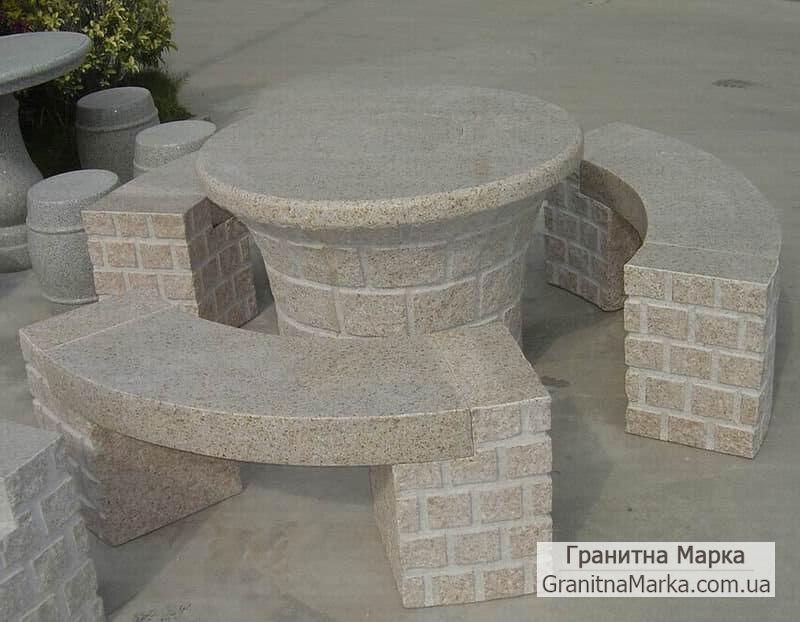Оригинальный садовый столики и скамейки из гранита