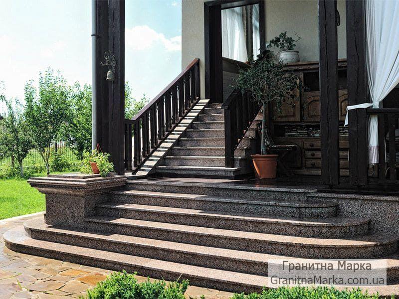 Ступени для лестниц из гранита, облицовка крыльца гранитом, фото №20