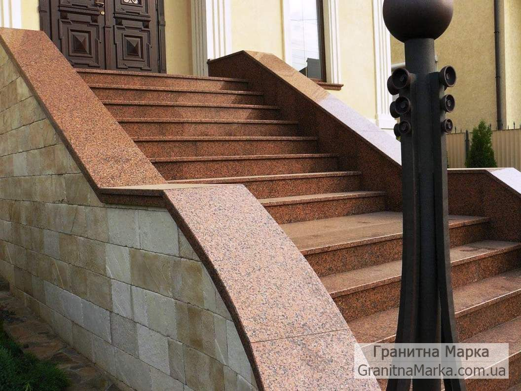 Облицовка входных ступеней красным гранитом, фото №26