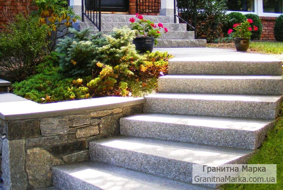 Цельные гранитные ступени в ландшафтном дизайне, фото №37