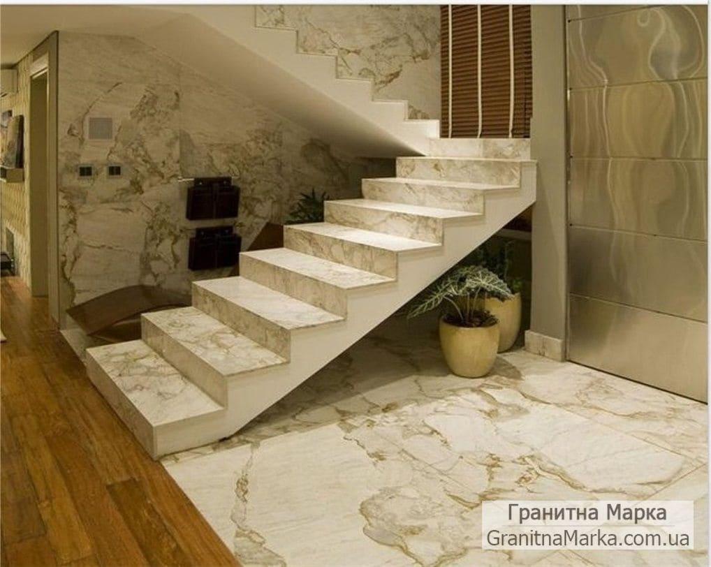 Облицовка мрамором ступеней в доме, фото №15