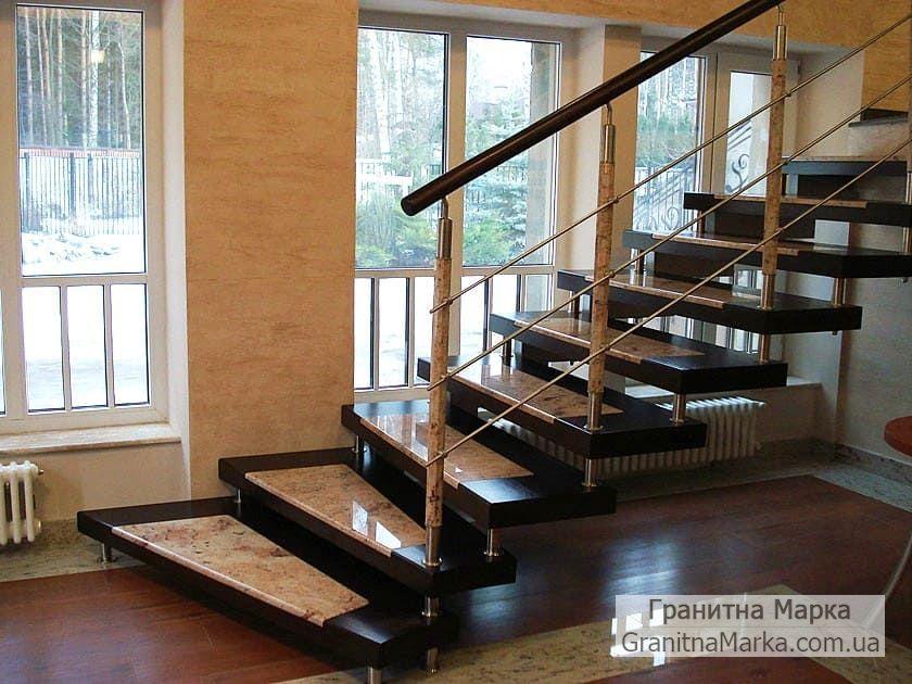 Лестница из черного гранита в доме, фото №04