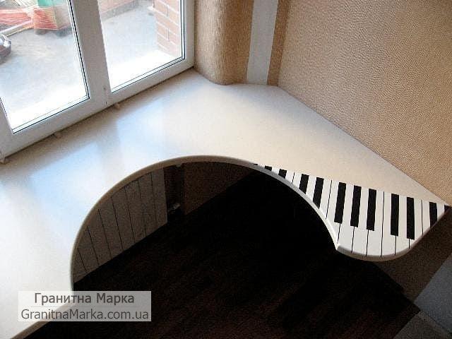 Мраморный стол-подоконник белого цвета, фото №07