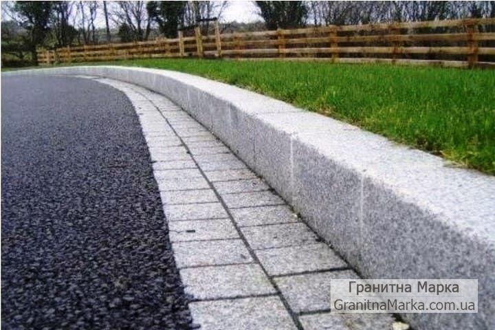 Дорожный бордюр из серого гранита, фото №10