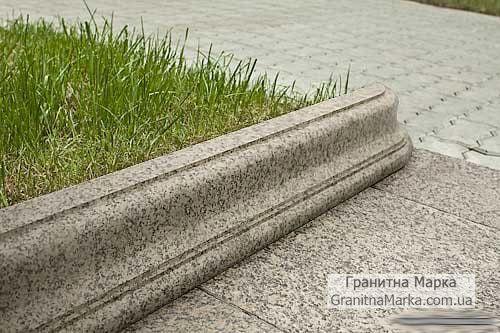 Фигурный бордюр из гранита садово-парковый, фото №14