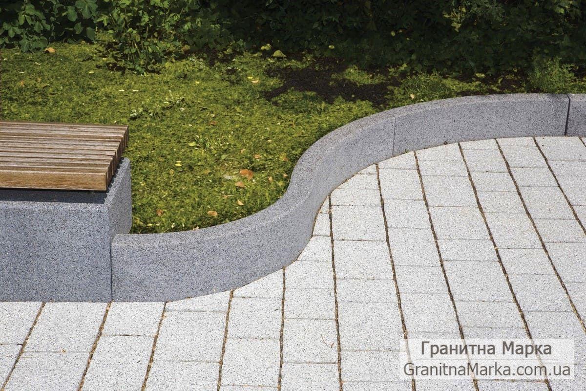 Фигурный бордюр из гранита для тротуаров, фото №19