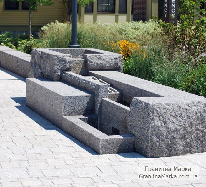 Гранитный фонтан замысловатой формы, фото №109