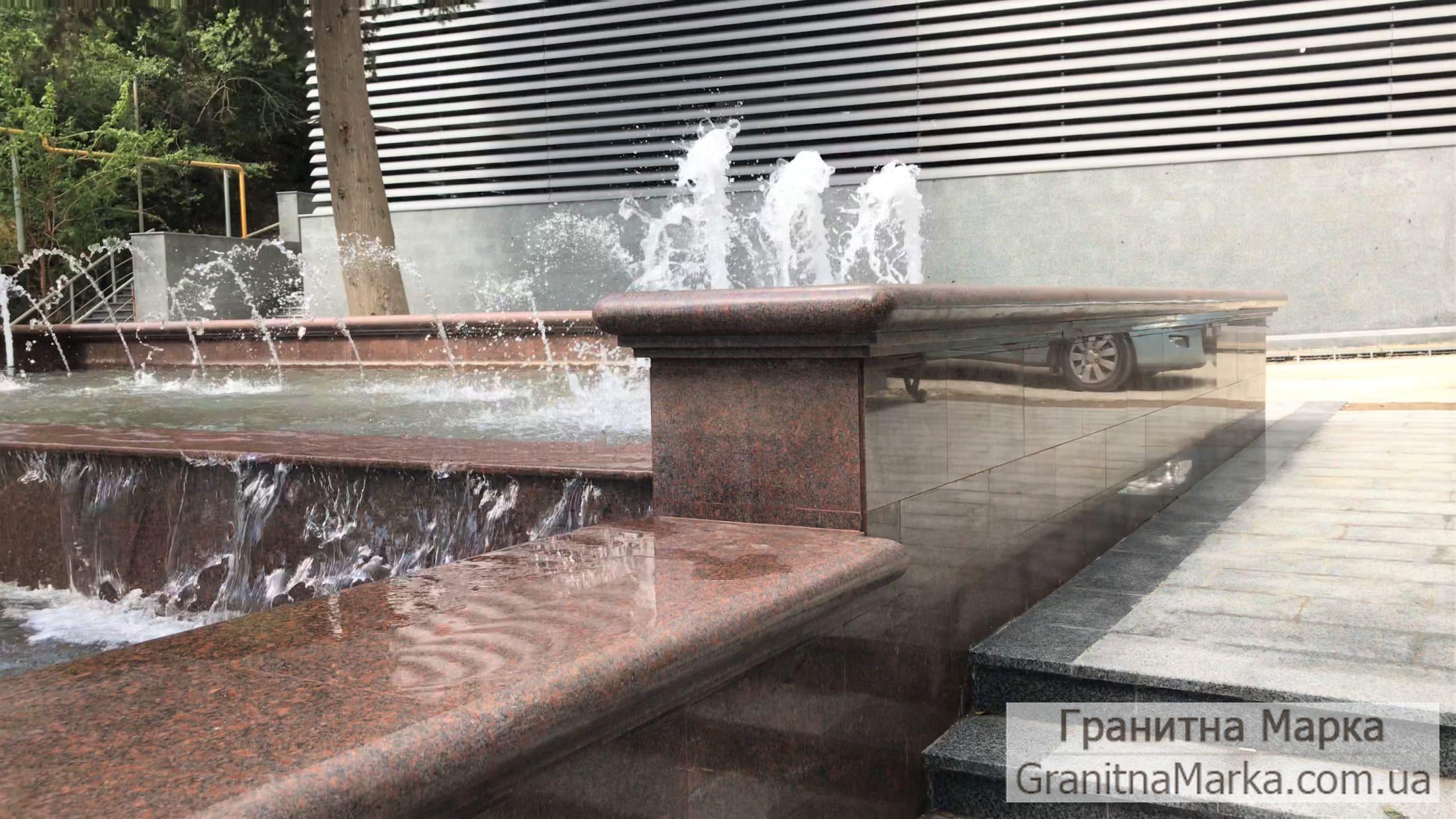 Облицовка чаши фонтана красным гранитом, фото №125