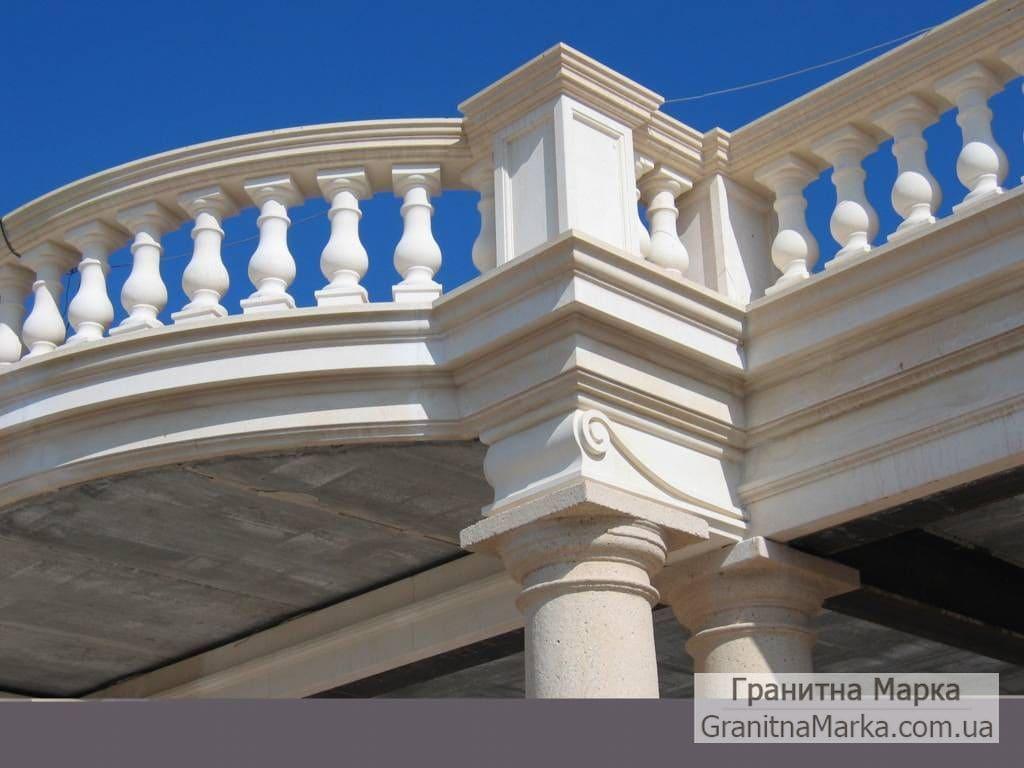 Мраморное ограждение балкона, фото №02