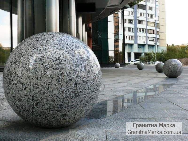 Гранитные шары для ограждения, фото №13