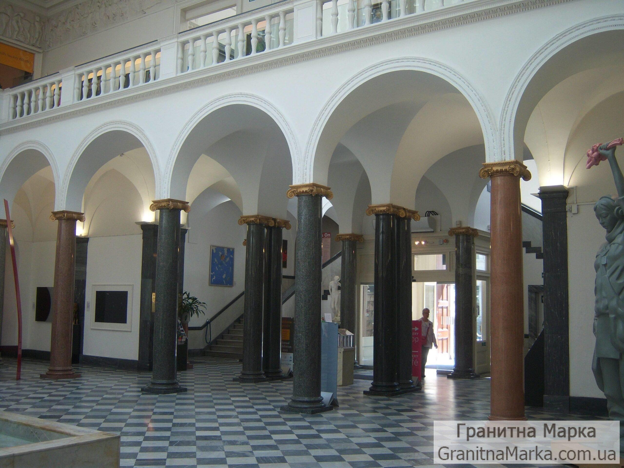 Несущие колонны из гранита, фото №G-17